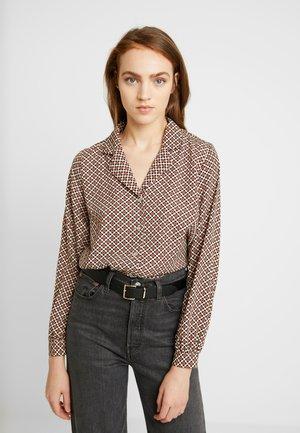 VIEULA - Button-down blouse - sesame/navy blazer