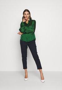 Vila - VISUWAVEY  - Button-down blouse - eden - 1