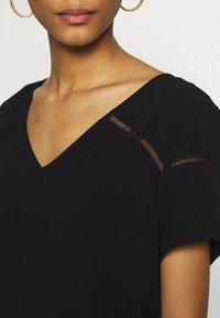 Vila - VIMERO DETAIL TOP - Blouse - black - 4