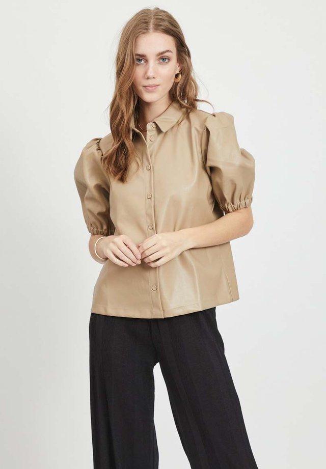 PUFFÄRMEL - Button-down blouse - soft camel