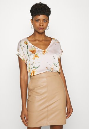 VIKIRA DREAMERS V NECK  - Blouse - light pink