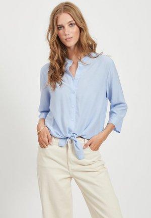 VITHOMA 3/4 TIE - Button-down blouse - kentucky blue
