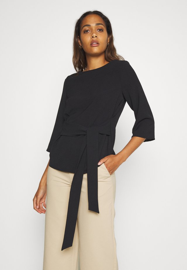 VIRASHA BOATNECK TIE TOP FAV - Blus - black