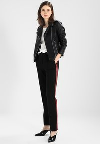 Vila - VICARA FAUX JACKET - Faux leather jacket - black - 1