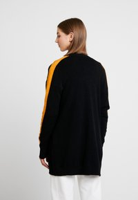 Vila - Strikjakke /Cardigans - black/track golden oak - 2