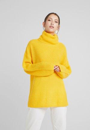 Pullover - golden rod