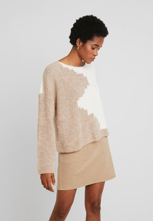 VILOUI  - Pullover - white/natural
