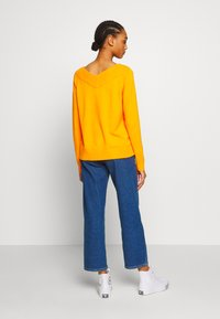 Vila - VIRIL V NECK  - Sweter - orange - 2