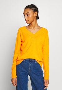 Vila - VIRIL V NECK  - Sweter - orange - 0