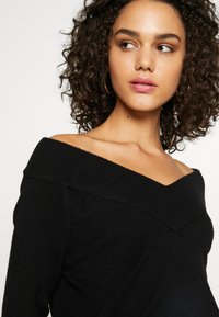 Vila - VIRIL V NECK  - Strikkegenser - black - 4