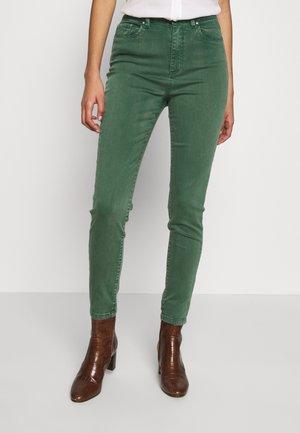 VIAMY - Jeans Slim Fit - eden/pigment dye