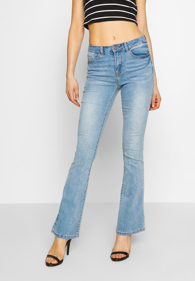 VIEKKO - Flared jeans - light blue denim