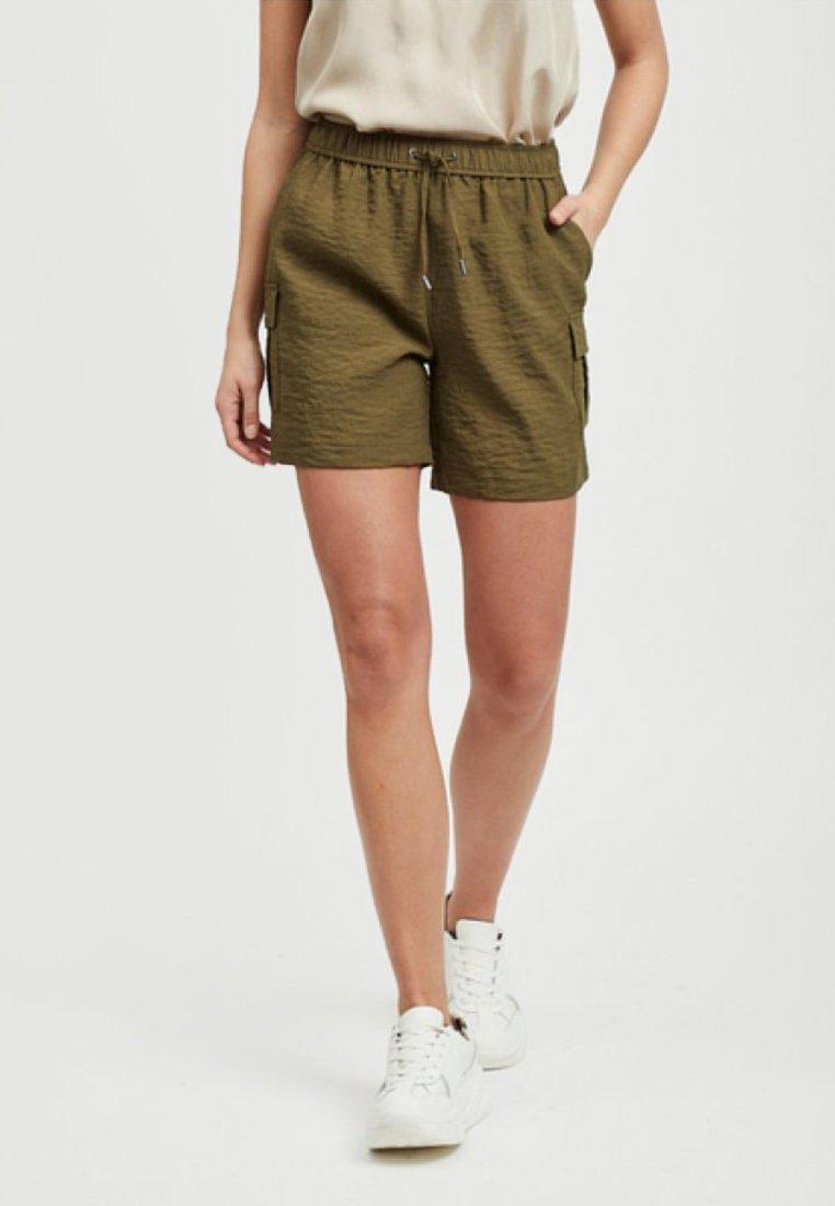 Vila - POPTRASH - Shorts - dark olive