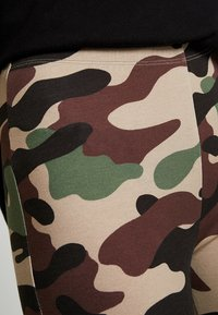 Vila - VICOOL BIKER - Shorts - sandshell/brown/green/black - 4