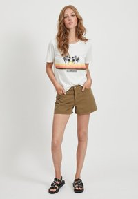 Vila - VIANNABEL  - Shorts di jeans - dark olive - 1