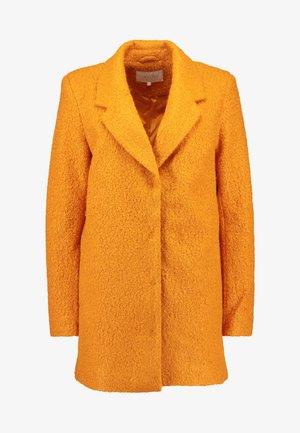 Cappotto classico - golden oak