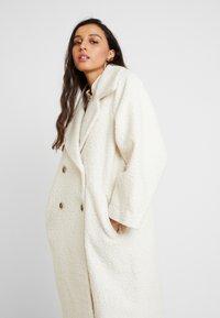 Vila - Zimní kabát - whisper white - 3