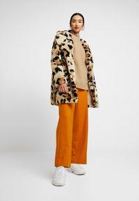 Vila - Classic coat - soft camel - 1