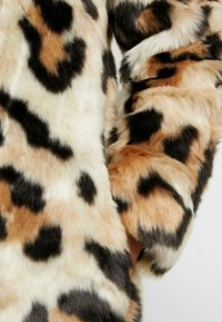 Vila - Classic coat - soft camel - 5