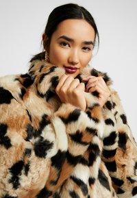 Vila - Classic coat - soft camel - 3