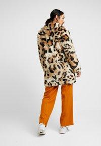 Vila - Classic coat - soft camel - 2