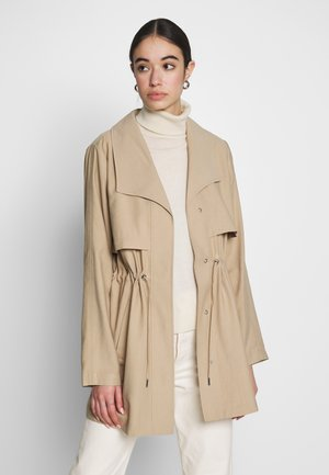 VIANINA - Lett jakke - beige