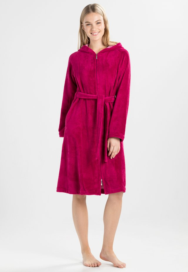 PALERMO - Dressing gown - cranberry