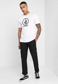 Volcom - CRISP STONE - T-shirt med print - white - 1