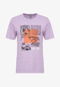 Volcom - FAUXTON TEE - Printtipaita - lavender - 4