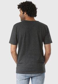 Volcom - REGULAR FIT - T-shirt imprimé - black - 1
