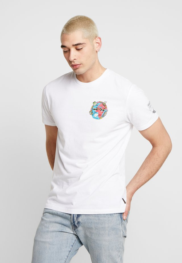 FREAKS CITY  - T-shirt con stampa - white