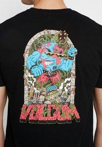 Volcom - FREAKS CITY  - Camiseta estampada - black - 5