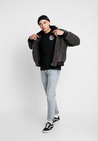 Volcom - FREAKS CITY  - Camiseta estampada - black - 1