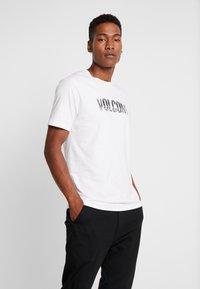 Volcom - CHOPPED EDGE - T-shirt med print - white - 0