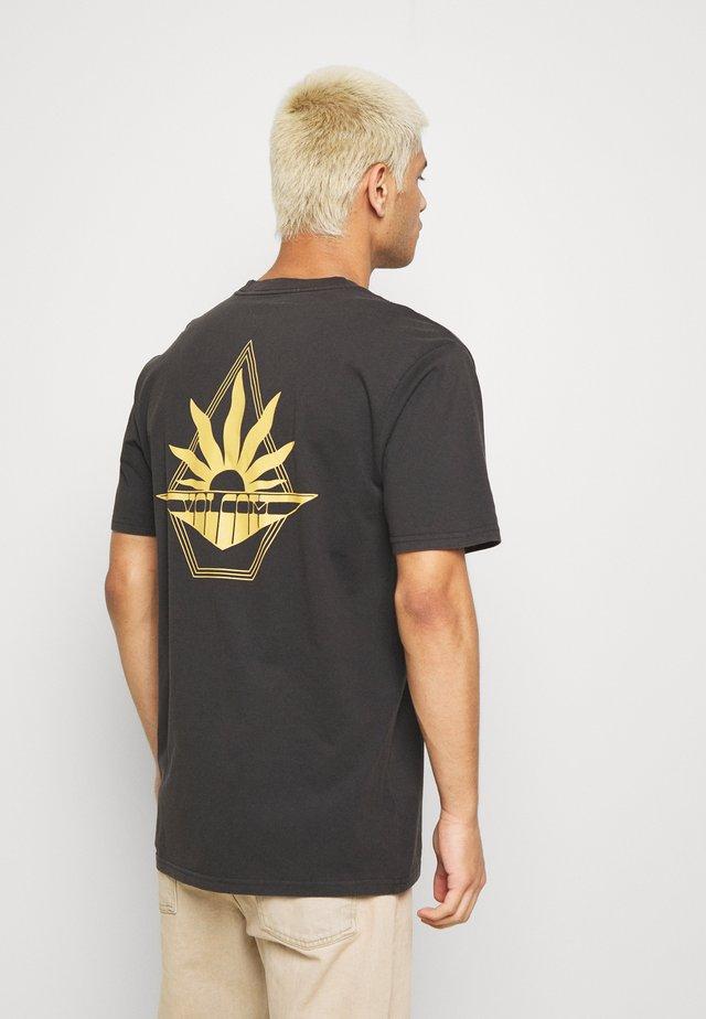 BRIGHT TEE - T-shirt z nadrukiem - black