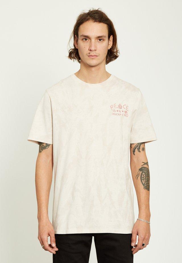 MUCHACHO  - T-shirt med print - pink