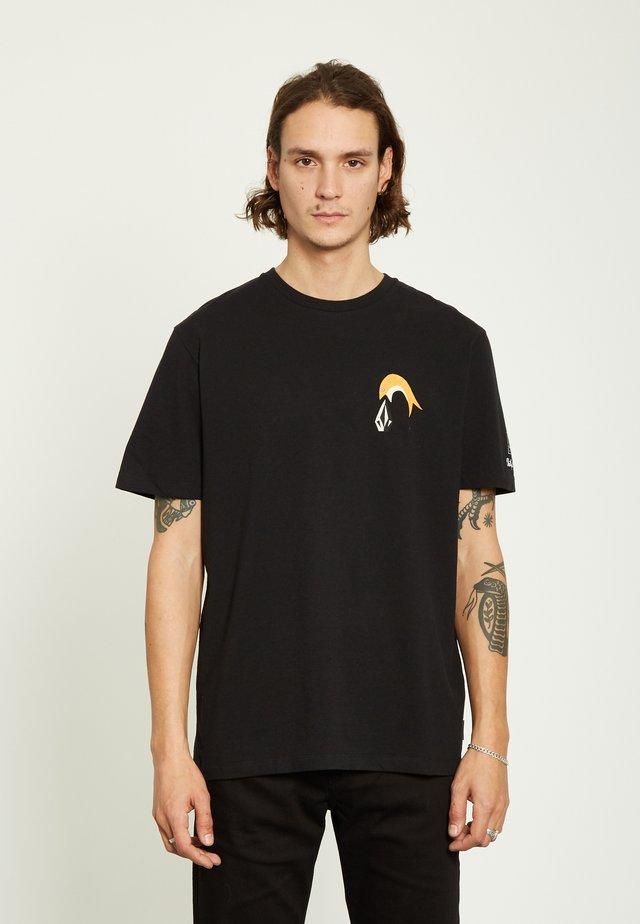AYERS - Print T-shirt - black