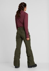 Volcom - GRACE STRETCH PANT - Skibroek - forest - 2