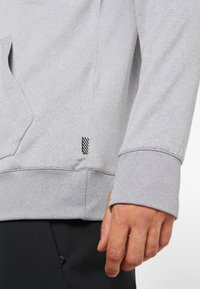 Volcom - HYDRO RIDING HOODIE - Jersey con capucha - heather grey - 3