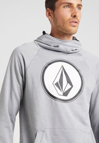 Volcom - HYDRO RIDING HOODIE - Jersey con capucha - heather grey - 5