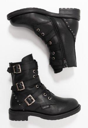 MICHELE - Cowboy/biker ankle boot - black