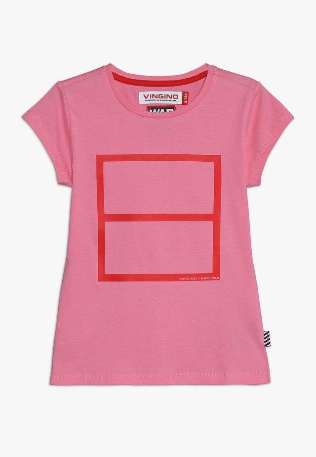 LULU WAR CHILD - T-shirt print - deep pink