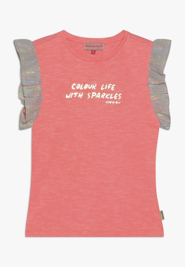 HIVAE - Camiseta estampada - neon peach