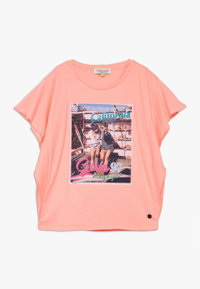 HANOESKA - Camiseta estampada - soft neon peach