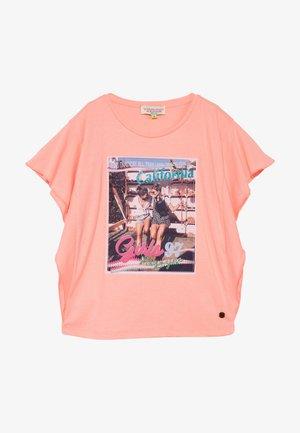 HANOESKA - T-shirt z nadrukiem - soft neon peach