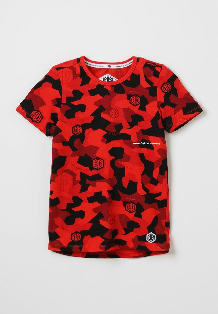 Vingino - HECTOR - T-Shirt print - flame red