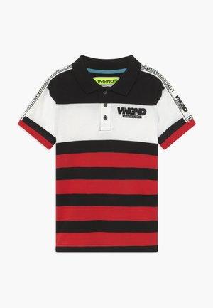 KENUO - Polo shirt - blast red