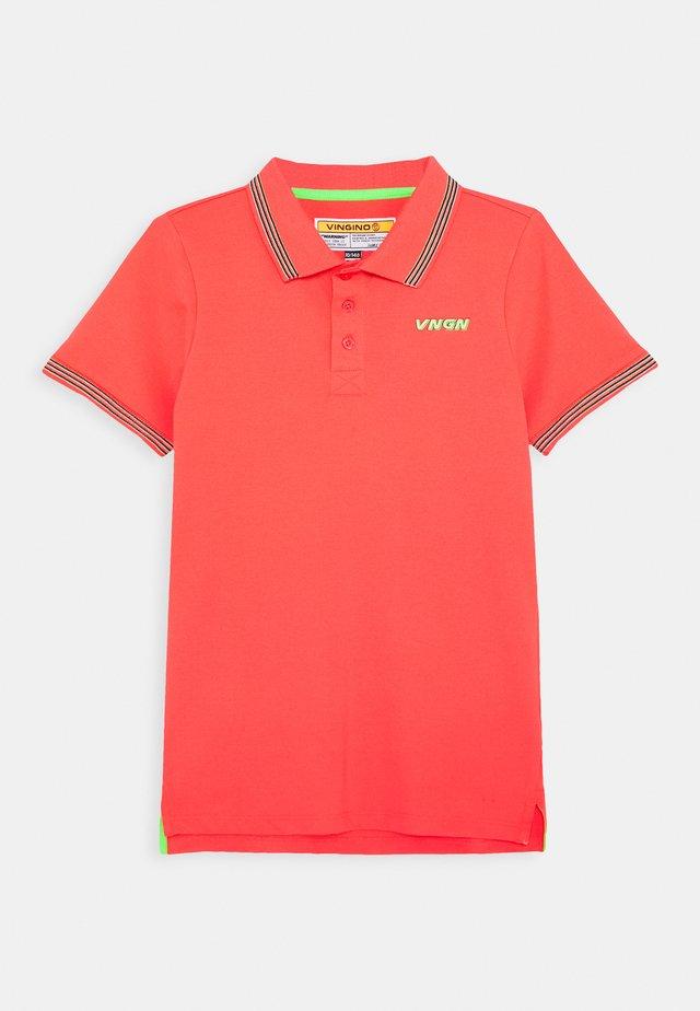 KAMERON - Poloskjorter - red