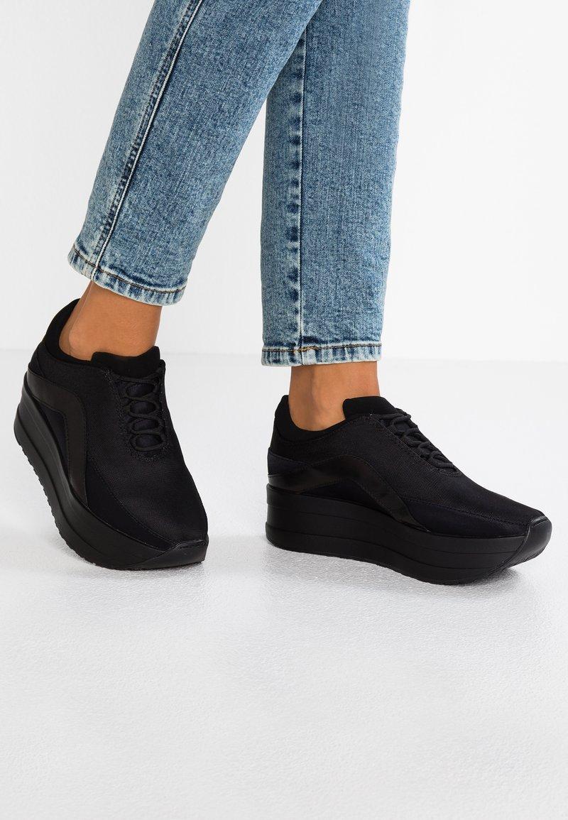 Vagabond - CASEY - Sneakers laag - black
