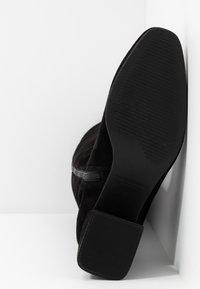 Vagabond - ALICE - Vysoká obuv - black - 6